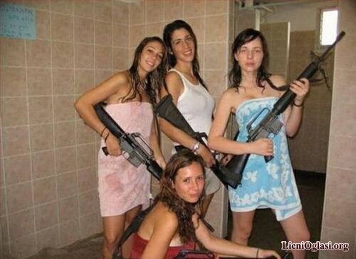 devojke_se_zabavljaju_040.jpg
