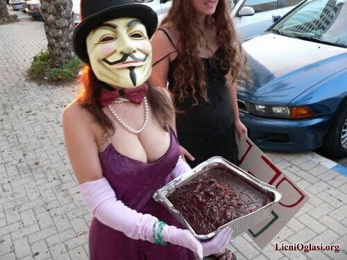 provokativne_anonimuskinje_010.jpg