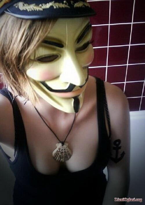 provokativne_anonimuskinje_011.jpg