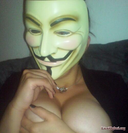 provokativne_anonimuskinje_023.jpg