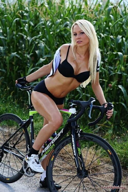 seksi_biciklistkinje_002.jpg