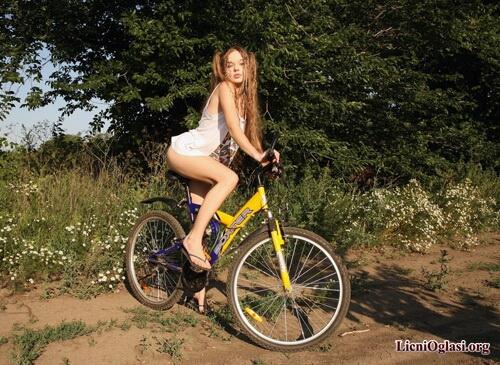 seksi_biciklistkinje_030.jpg