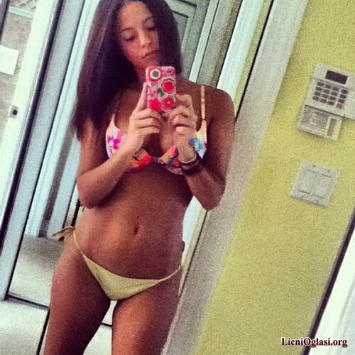 seksi_ribe_iza_ogledala_061.jpg
