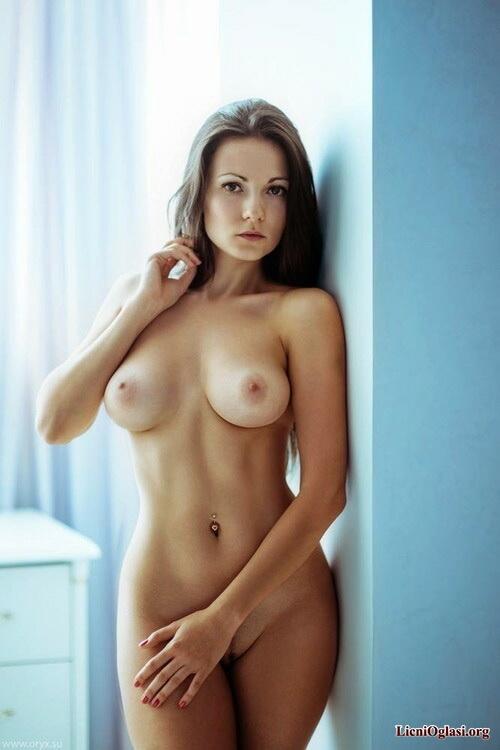 Sexy ass nude girls